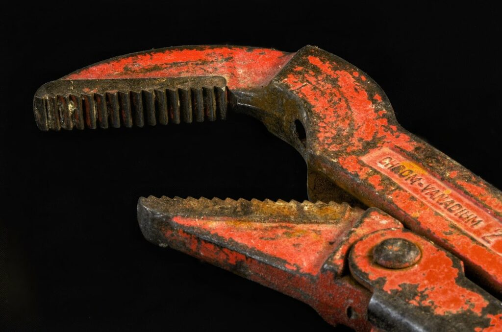 Pipe wrench in Oss